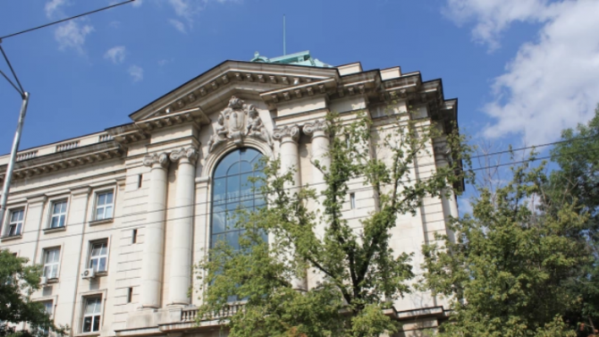 Министър Вълчев предлага откриването на Институт за научни изследвания в компютърните науки към СУ