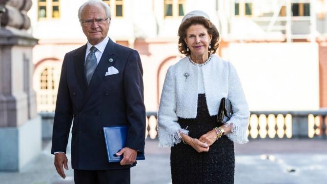 Шведската кралска двойка се ваксинира срещу COVID-19