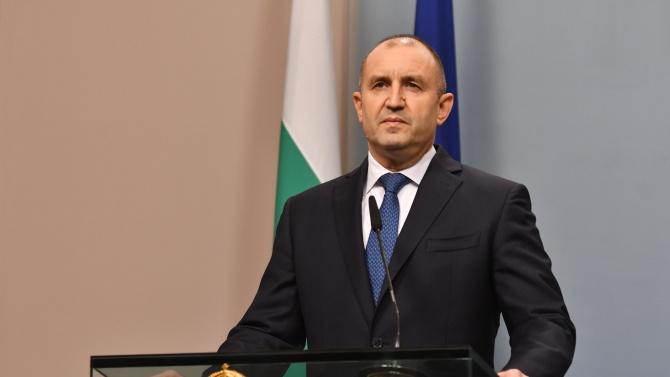 Президентът Радев ще присъства на церемонията по епископско ръкоположение на монсеньор Румен Станев