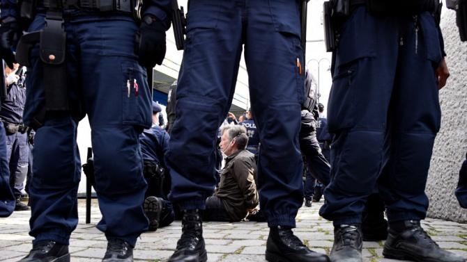 Протест във Виена срещу мерките против COVID-19