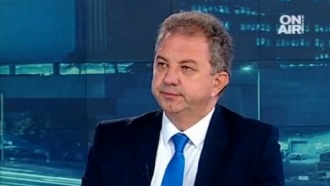 Решението на президента Румен Радев Румен Георгиев Радев е български