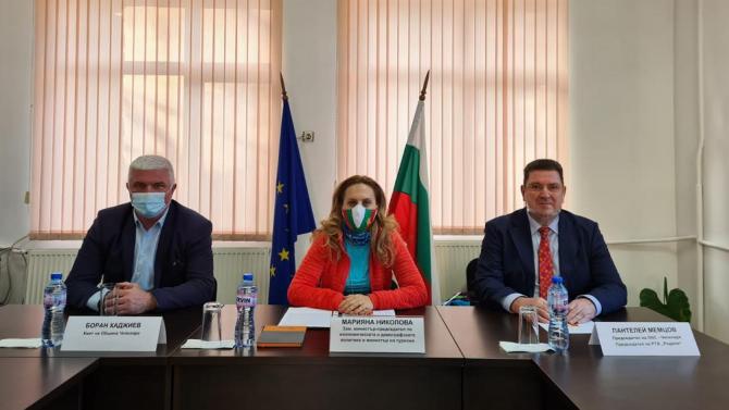 Марияна Николова пред бранша в Чепеларе: Българските туристи са основните гости в района от началото на този зимен сезон