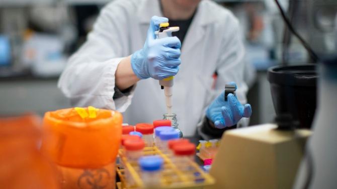 Българин в екипа, разработил терапия срещу COVID-19 с антитела