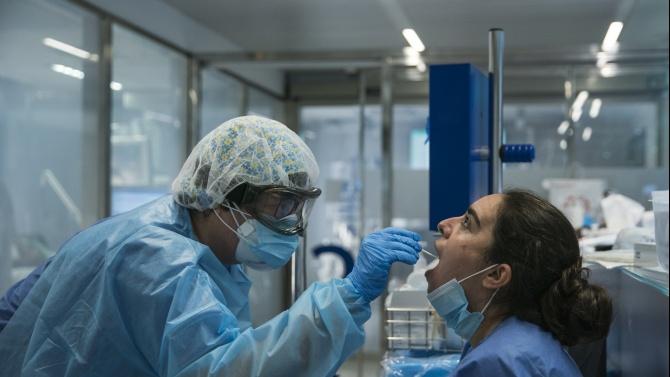 Испания отчита рекорден брой на новозаразените с коронавирус