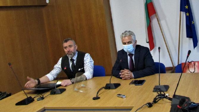 Народният представител от ГЕРБ Калин Вельов проведе среща с културни