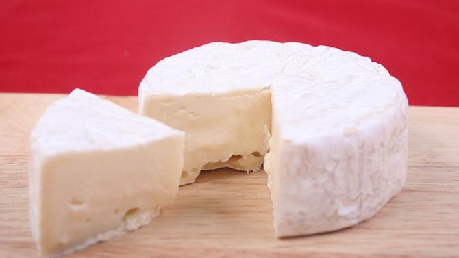 600 кг сирене с изтекъл срок на годност откриха в склад в Пловдив