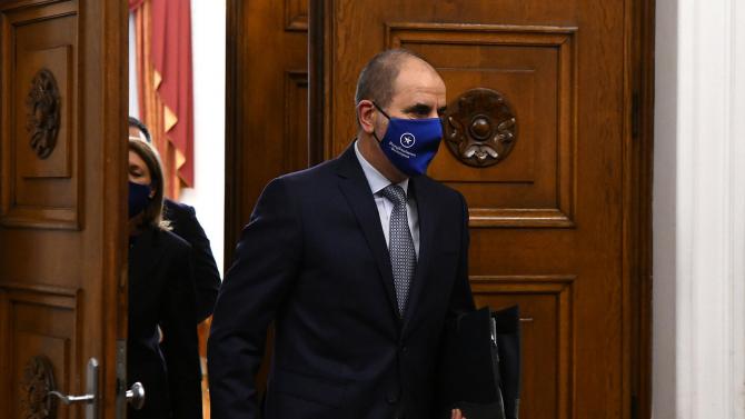 Цветан Цветанов: Симпатизантите и членовете на ГЕРБ трябва да знаят кой реди листите им