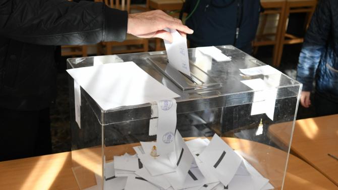 Правната комисия на НС прие промени в изборните правила