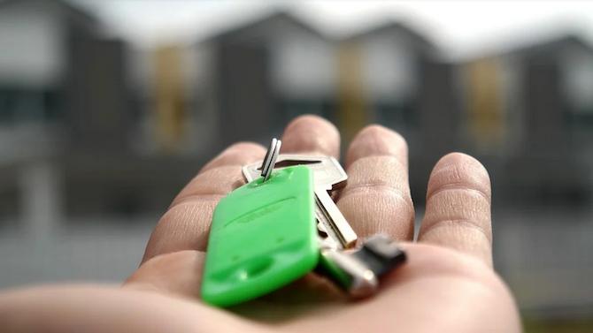 Експерт: Българите инвестират в имоти по време на криза