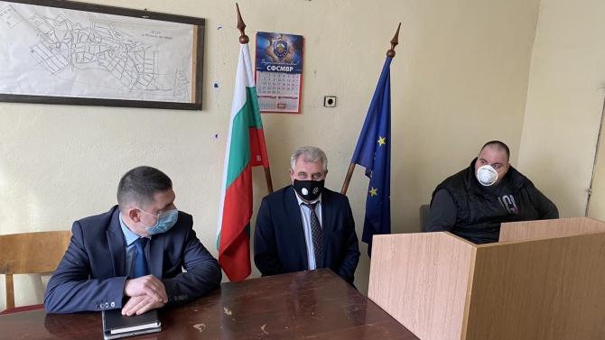 Христо Терзийски проведе работни срещи с полицаите от районни управления в област Ловеч
