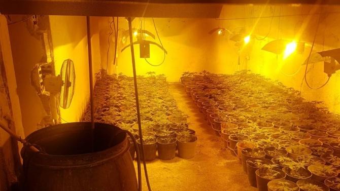 Полицията с подробности за разкритата нарколаборатория в Монтанско