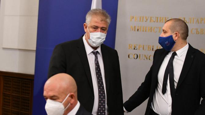 Проф. Балтов: Смятаме, че британският щам вече е в България и ще набира скорост