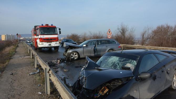 Челен удар между две коли край Харманли