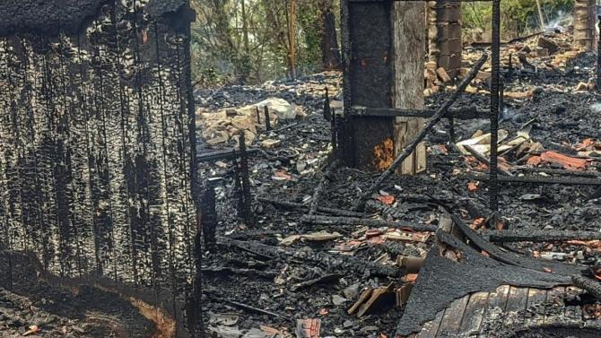 Бунгало е изгоряло в радомирско село