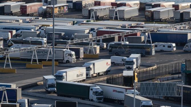Северна Ирландия обвинява Брекзит за нарушените доставки на храни