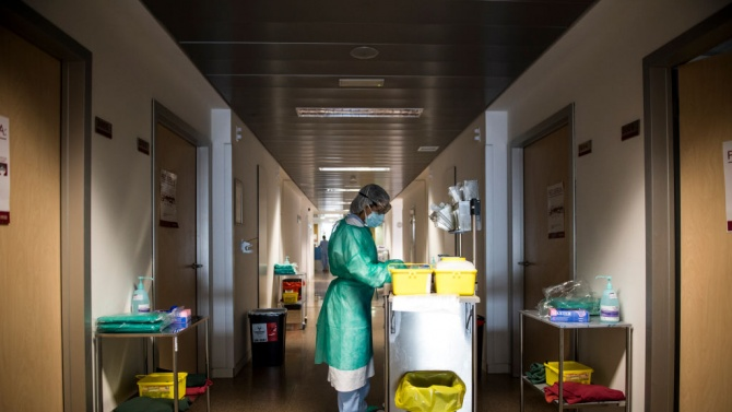 Полша започва да внася лекари от Източна Европа, за да се справи в недостига на медицински персонал
