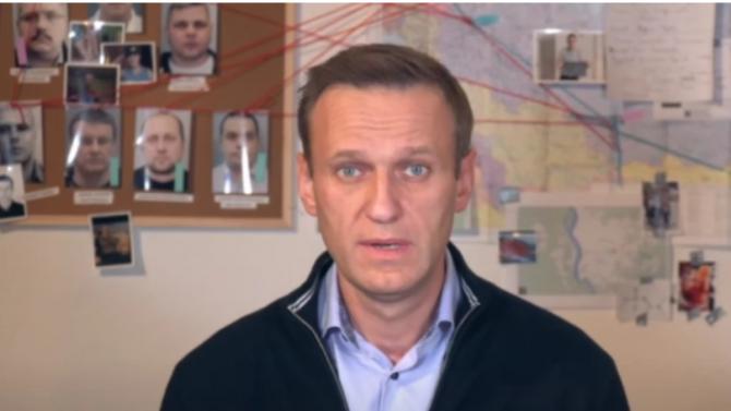 Блумбърг: Кремъл ще хвърли задълго Навални в затвора