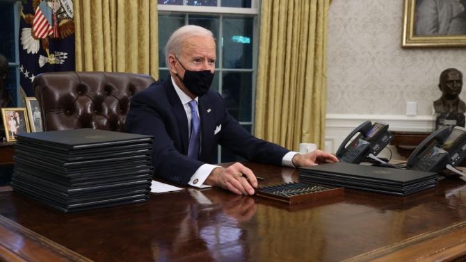 Байдън е разпоредил проучване на заплахата на вътрешния екстремизъм във САЩ