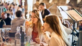 Хотелиери и ресторантьори пак скочиха, питат при какви условия ще отворят забранените бизнеси