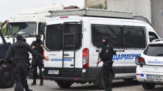 Акция в Пловдив: Разбиха мрежа за фалшиви лични карти на чужденци