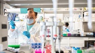 Вирусолог: Има косвени доказателства, че новият щам на коронавируса върлува и у нас
