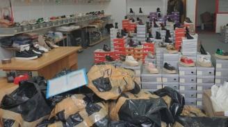 Вижте специалния склад на братята в Пловдив, изпрали над 700 бона от ментета