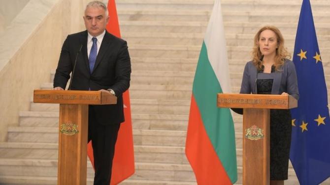Марияна Николова след срещата с министър Ерсой: Важно е да привличаме туристи на Балканите