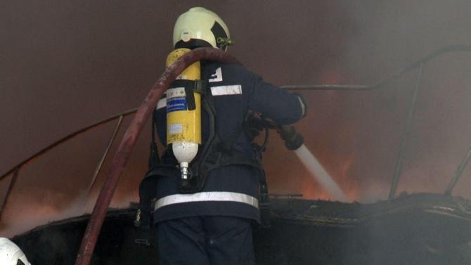 Мъж пострада при пожар във Варна