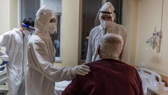 81 случая на COVID-19 са установени в област Бургас през изминалите почивни дни