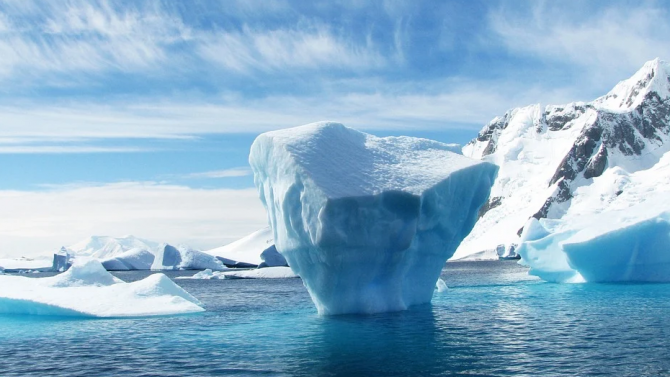 Земята губи лед с рекордни темпове, топенето се ускорява