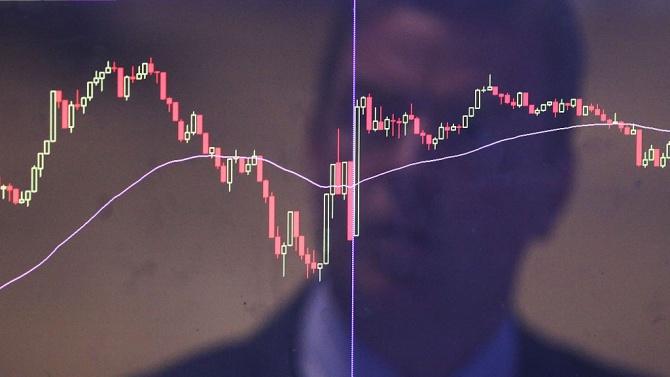 Силен отскок на европейските акции след негативен старт на борсовата търговия