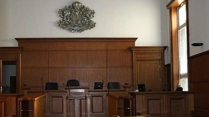 Две присъди за убийството на пътник във влака от Пловдив за София