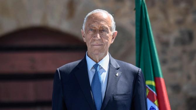 След преизбирането си, което потвърди голямата му популярност, десноцентристкият португалски