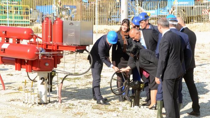Гръцкият парламент ратифицира споразумението за междусистемната газова връзка между Гърция и България