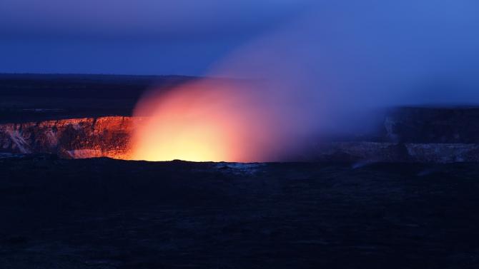 Вулканът Мерапи изригна