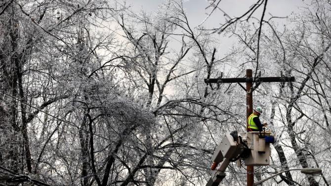 Осем села в Русенско са без ток