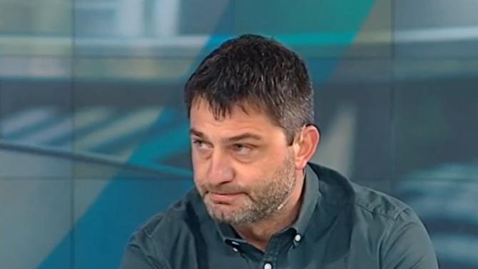 Ресторантьор: Хотелиерите се разбраха подмолно с министъра, искаме оставката на Ангелов