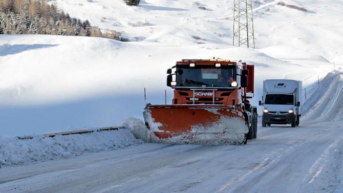 Много пътища в Добричко са затворени