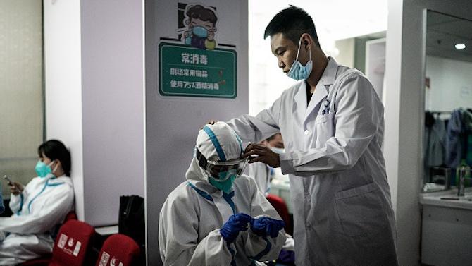 Лекар от Ухан: Китайските власти не позволиха да съобщя за COVID-19
