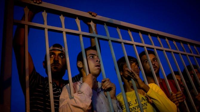 Eврокомисарят за вътрешните работи: Не можем да допуснем отравяне на дебата за миграцията