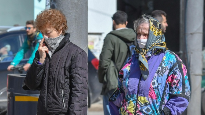 Окончателно: Карантинираните и болните от COVID-19 гласуват с подвижна урна