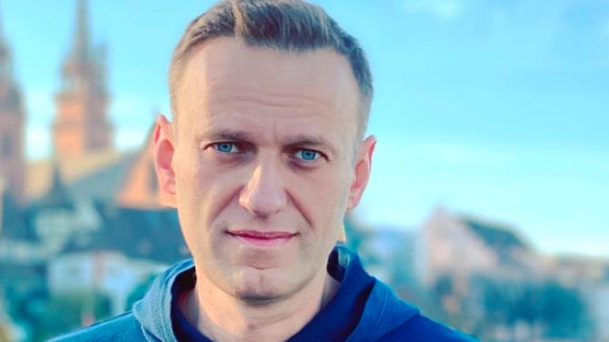 Руски съд остави Алексей Навални в ареста