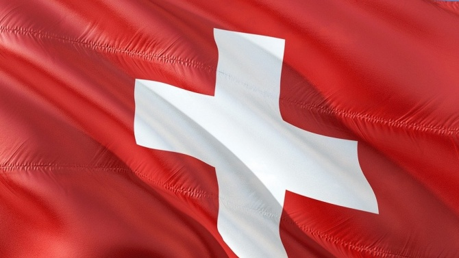 Щвейцария се съгласи да открие избирателни секции за парламентарните избори