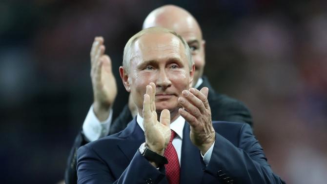 Путин: COVID-19 отстъпва