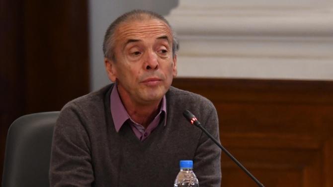 Доц. Атанас Мангъров пред novini.bg: Ковид 19 се използва от политиците за насаждане на страх