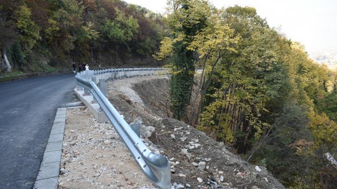 Зам.-кметът на Асеновград: Не е компрометиран укрепеният участък от свлачището