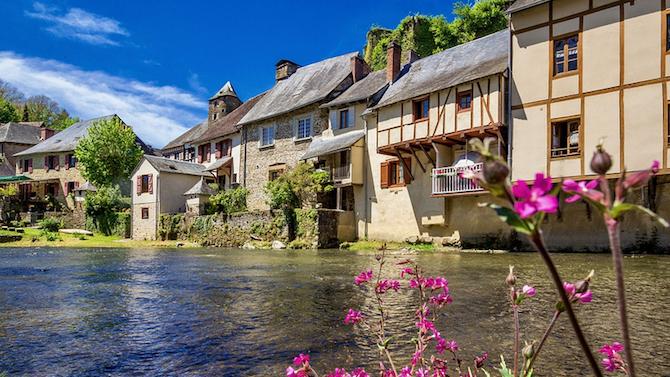 Австриец завеща милиони евро на френско село, крило го от нацистите