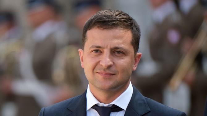 Украинският президент Володимир Зеленски призова Европейския съюз да съдейства при