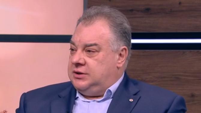 Кризата с коронавируса не се управлява експертно, според Мирослав Нанков