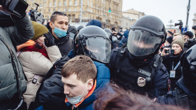 Над 3000 станаха арестуваните на днешните протести в Русия в подкрепа на Навални